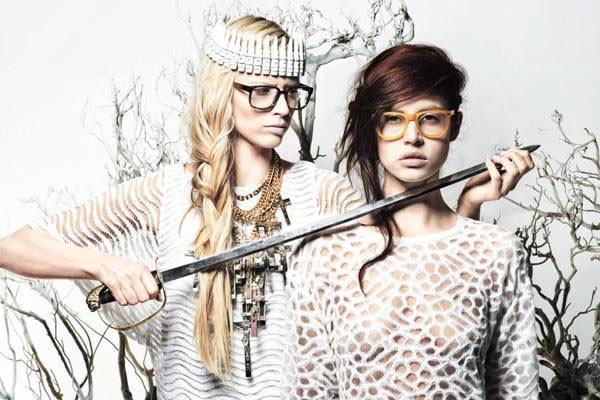 Make up and hair Editorial für das Eyewear Magazin