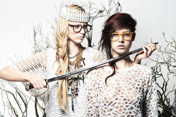 Make up and hair Editorial für das Eyewear Magazin