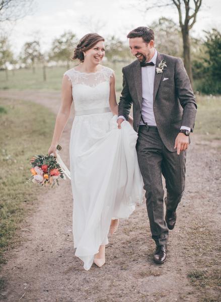 beim Hochzeitsspaziergang