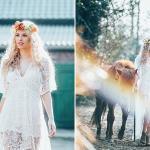 Hippie Hochzeit mit Wellen und Blumenkranz