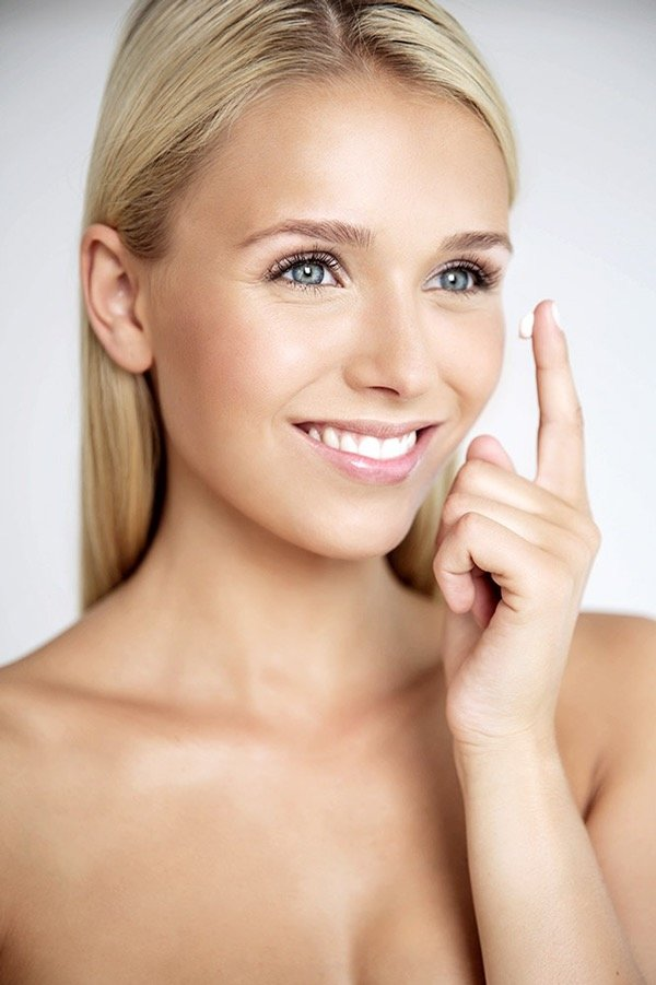 beauty Make up und Hairstyling bei Werbe- Foto- und Filmproduktionen