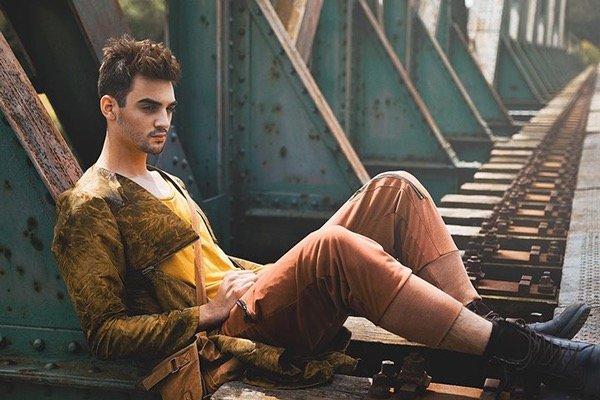 Man Style, outdoor Fotoshooting, Gipsy, mit Jungdesigner Bekleidung