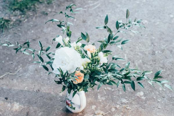 moderner reduzierter Brautstrauß bohmanian Style