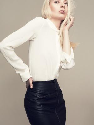 Fashion Model Sandra k. Foto Kai W. Make up & hair Monika Mages/ Visagistin Düsseldorf