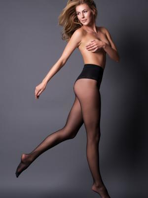 Make-up and Hair, Kommerziell, Body, Leg wear