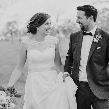 Hochzeitsfrisur Brautpaar schwarz weiss Bild