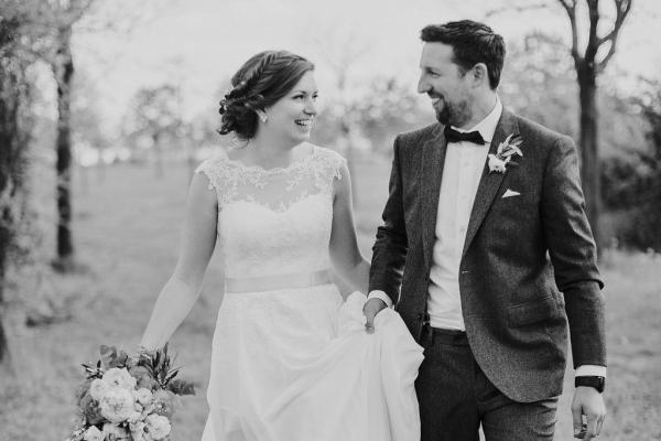 Brautpaar schwarz weiss Bild