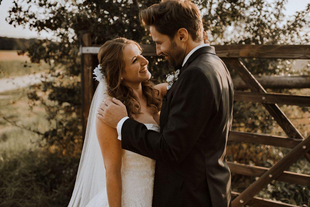 emotionales, echtes Hochzeitsfoto Brautstyling Monika Mages