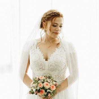 Brautbild romantisch inszeniert