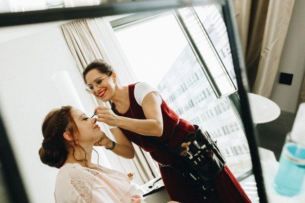 getting ready, Visagistin Monika Mages