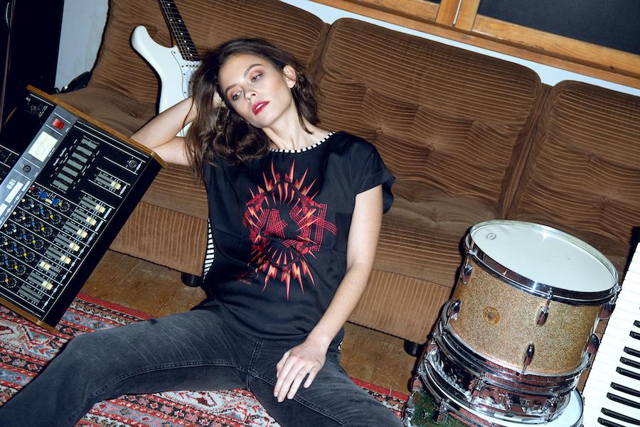 Fashion aufnahmen zwischen Drums